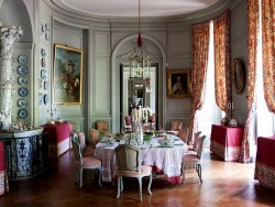 Dining room, Chateau de Montgeoffroy, France