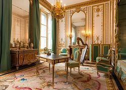 Marie antoinette's private chambers, the gilded room in Chateau de Versailles