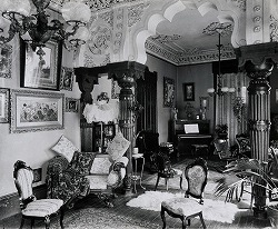 Rich Victorian houses interior